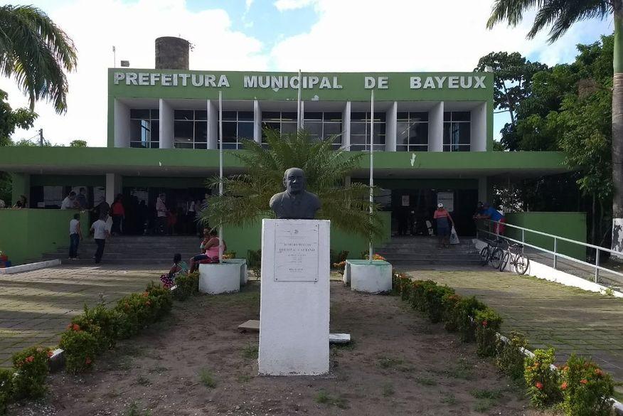 prefeitura_municipal_de_bayeux_walla_santos_1 (1)