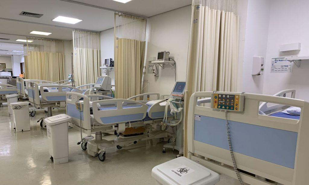 O HUB ampliou a oferta de leitos para a SES-DF, com a abertura de 11 novas vagas de enfermaria Covid, totalizando 23 leitos (21 de enfermaria e 2 de UTI)