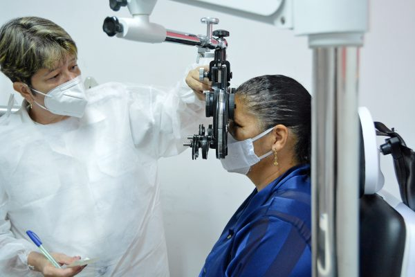 policlinicajaguaribe_oftalmologia_foto_dayseeuzebio-012-600x400